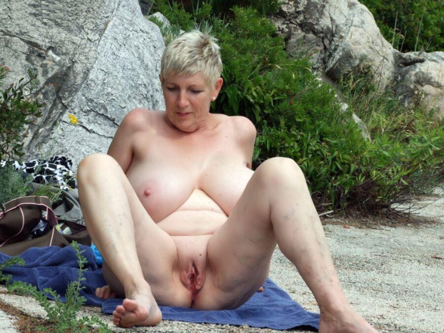 Greta Guugili - Huge Boobs GILF -Mature Porn Photo